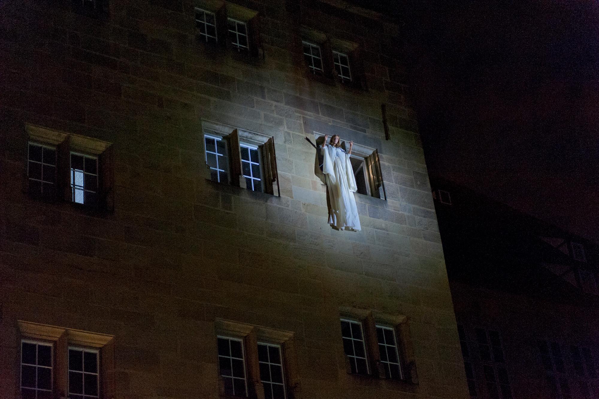 Das spektakuläre Finale im Innenhof des Alten Schlosses rundet den Abend ab.