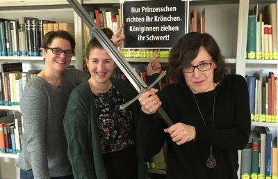 Schwert-Expertinnen unter sich.