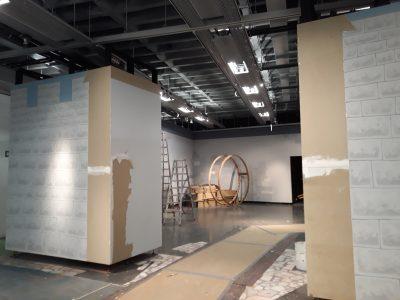 Bis vor Kurzem noch das Burgtor, entsteht hier bald der Zugang zur kommenden Ausstellung.
