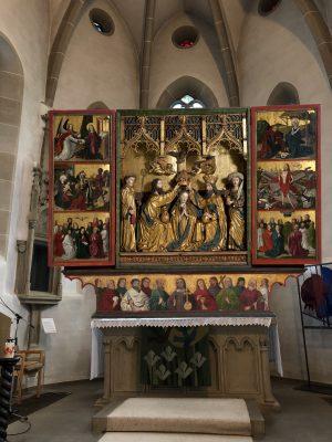 Spätmittelalterliche Maßarbeit – Altar und Retabel in Lichtenstern