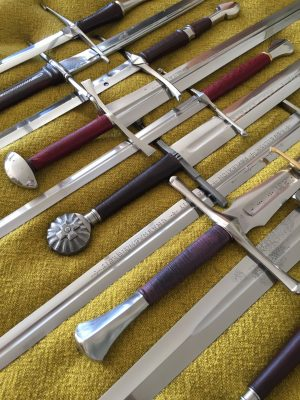 Vielfältige Schwerttypen © Ulrich Langbehn
