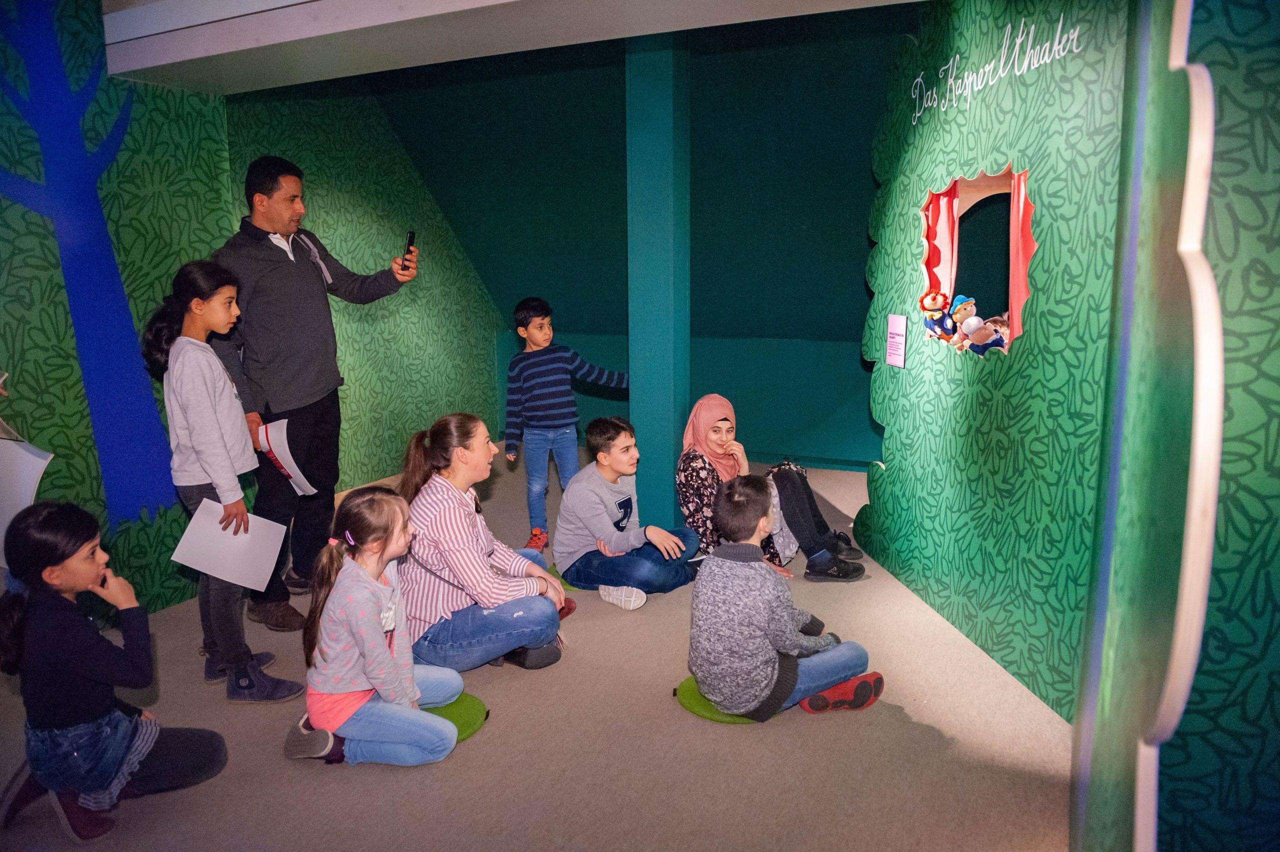Kasperletheater in der Ausstellung © Landesmuseum Württemberg, Yamaly Bayer-Gomez