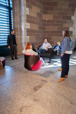 So könnten ab Herbst 2020 die Lounge und das Museumscafé des Landesmuseums Württemberg aussehen